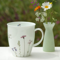 "Becher ""Flockenblume"" Fine Bone China 350 ml"